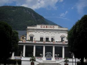Luchon - Casino, trees and mountain