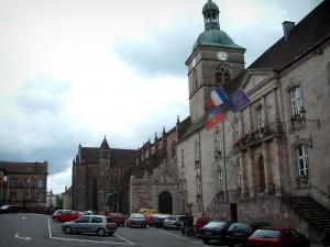 Luxeuil-les-Bains - Town Hall (Stadhuis) en St. Peter (oude abdij)