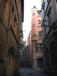 Lyon - Old Lyon: angle turret of the Baronat house and the Change street