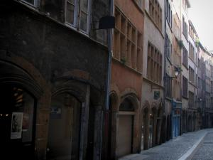 Lyon - Old Lyon: houses of the Juiverie street