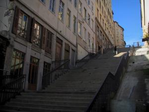 Lyon - Croix-Rousse: stairs and buildings