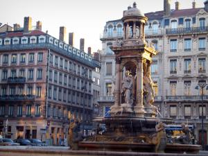 Lyon - Peninsula: buildings and fountain of the Jacobins square
