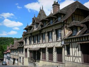 Lyons-la-Forêt - Half-timbered facade of the Maurice Ravel house