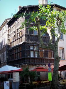 Mâcon - Renaissance wooden house looking onto the Herbes square