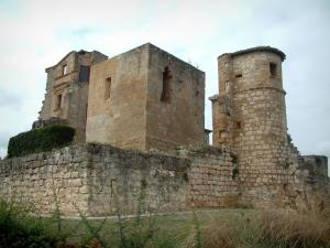 Magrin castle - Castle home to the Pastel museum