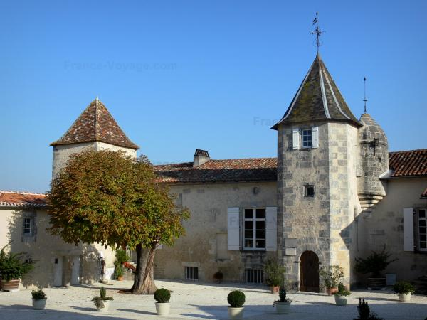 Le manoir du Maine-Giraud - Guide tourisme, vacances & week-end en Charente