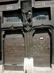 Le Mans - Old Mans - Plantagenet town: doors and carved figures of the Deux Amis house