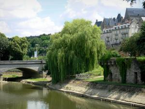 Le Mans - Yssoir bridge spanning over River Sarthe, weeping willow at the water's edge, and facades of the old town