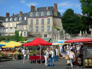 Le Mans - Market booths on the Place des Jacobins square and facades of the old town
