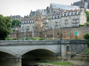 Le Mans - Yssoir bridge spanning over River Sarthe, tower of the Roman wall, Saint-Julien cathedral, and facades of the old town