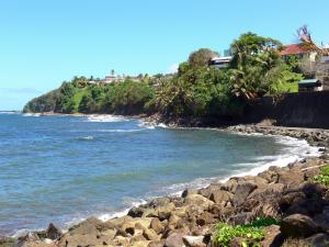 Le Marigot - The town houses overlooking the Atlantic Ocean