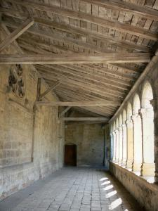 Marmande - Gallery in the Renaissance cloister of the Notre-Dame church