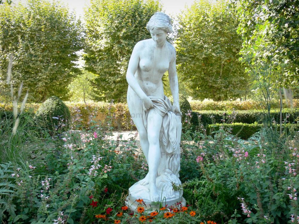 Photos marmande guide tourisme vacances for Statue de jardin belgique