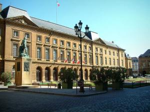 Metz - Armes square with the town hall, a statue and flowerbeds