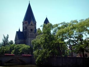 Metz - Neuf temple, trees, bridge and the River Moselle