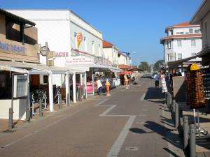 Mimizan-Plage - Boutiques and shops of the resort