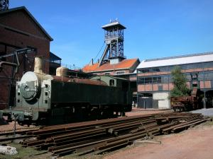 Mining History Centre of Lewarde - Mine museum: locomotive and buildings of the former Delloye pit