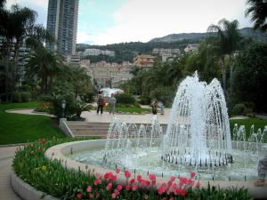 Monaco and Monte Carlo - Park of Monte Carlo with its fountain, its plants, its flowers and its palm trees