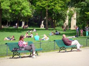 Monceau park - Relaxing break in the heart of the park