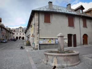 Mont-Dauphin - Citadel (fortified town built by Vauban): fountain, streets and houses of the fortified city