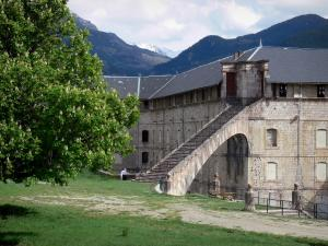 Mont-Dauphin - Citadel (fortified town built by Vauban): Rochambeau barrack and its stair