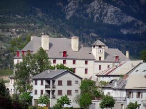 Mont-Dauphin - Citadel (fortified town built by Vauban): Horloge pavilion and houses of the fortified town