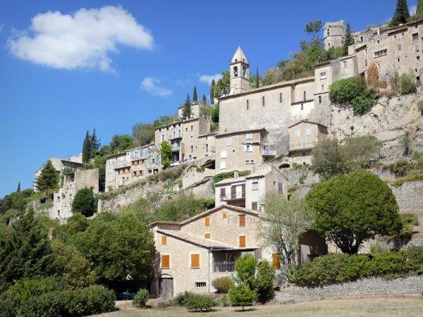 Montbrun-les-Bains - Tourism, holidays & weekends guide in the Drôme