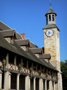 Montluçon - Italian gallery and clock tower of the castle of the Dukes of Bourbon