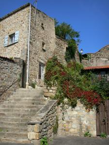 Montpeyroux - Stairs leading to a stone house