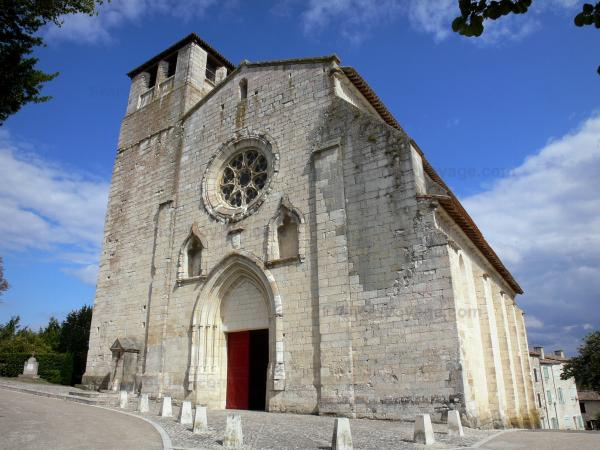 Montpezat-de-Quercy - Saint-Martin collegiate church of Southern European Gothic-style