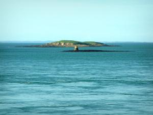 Morbihan Gulf   Sea And Guld Islands