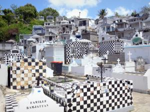 Morne-à-l'Eau cemetery - View of the black and white checkered graves of the cemetery; on the island of Grande-Terre