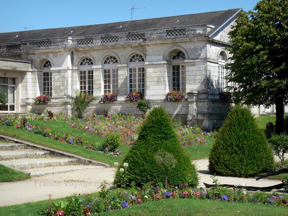 Photos mortagne au perche 15 images de qualit en haute d finition - Maison de jardin jura lodge smoby saint denis ...