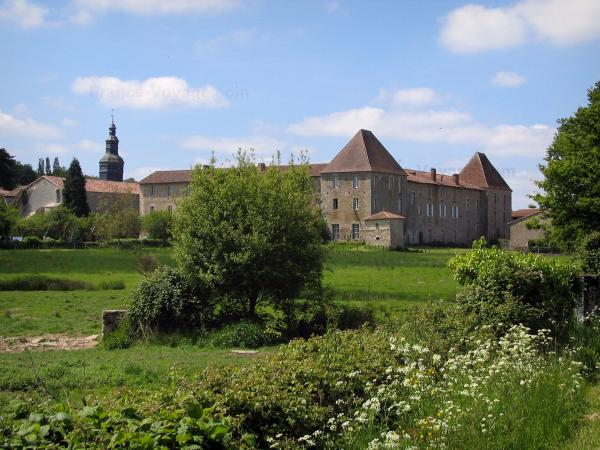 Mortemart - Tourism, holidays & weekends guide in the Haute-Vienne