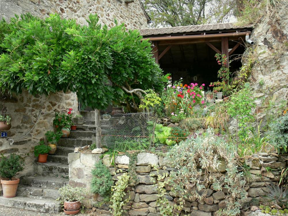 Photos najac 31 images de qualit en haute d finition - Jardin fleuri meaning colombes ...