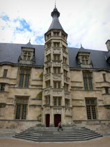 Nevers - Ducal palace (former residence of the Counts and Dukes of Nevers) and its central tower home to the staircase