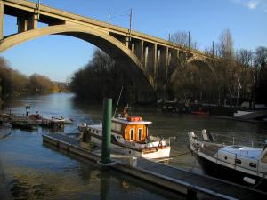 Nogent-sur-Marne - The River Marne, pontoons, boats, trees and viaduct