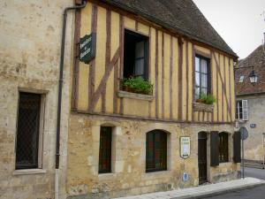 Nogent-le-Rotrou - Timber-framed house in the old town