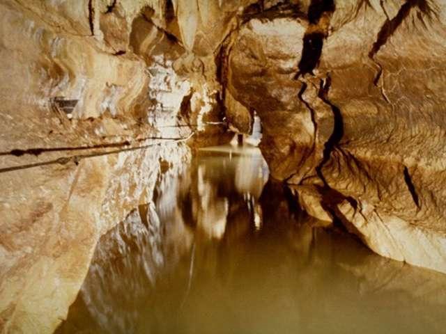 Foto 39 s de ondergrondse rivier labouiche gids toerisme recreatie - Ondergrondse kamer ...