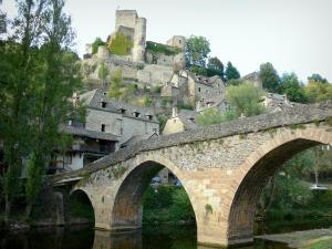 Guide d 39 onet le ch teau tourisme vacances week end for Piscine onet le chateau