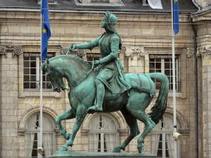 Orléans - Equestrian statue of Joan of Arc