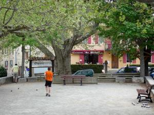 Orpierre - Boules game playground lined with trees