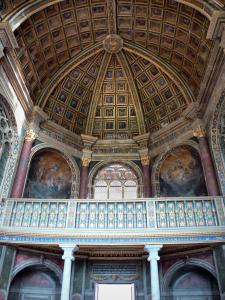 Palace of Fontainebleau - Interior of  the Palace of Fontainebleau: Saint-Saturnin chapel