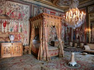 Palace of Fontainebleau - Interior of  the Palace of Fontainebleau: Pope's apartment (or Queen Mothers' apartment)