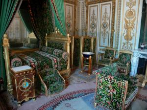 Palace of Fontainebleau - Interior of  the Palace of Fontainebleau: inner apartment of the Emperor: Emperor's room