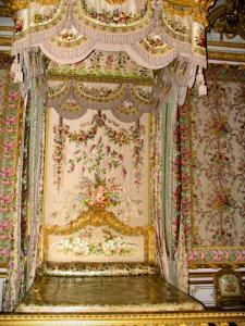 Palace of Versailles - Inside of the castle: Queen's bedroom