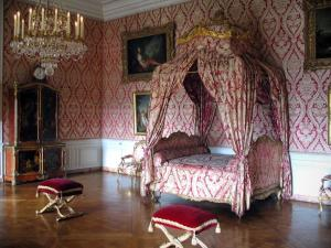 Palace of Versailles - Inside of the castle: Dauphine's apartment: Dauphine's bedroom