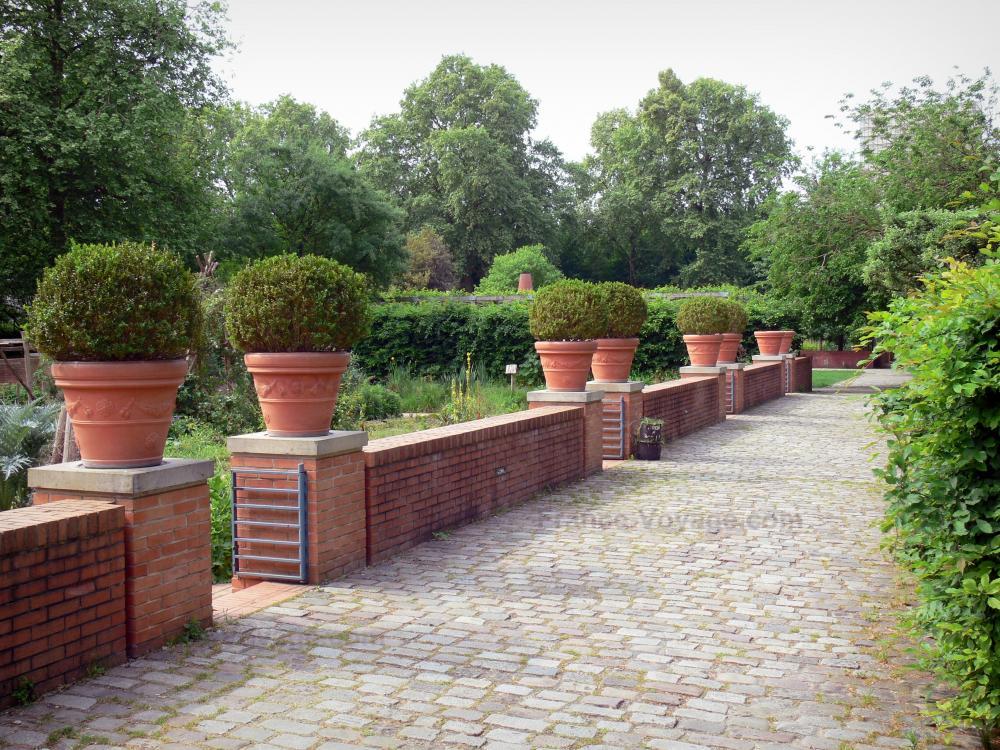 Photos le parc de bercy guide tourisme vacances for Jardin yitzhak rabin