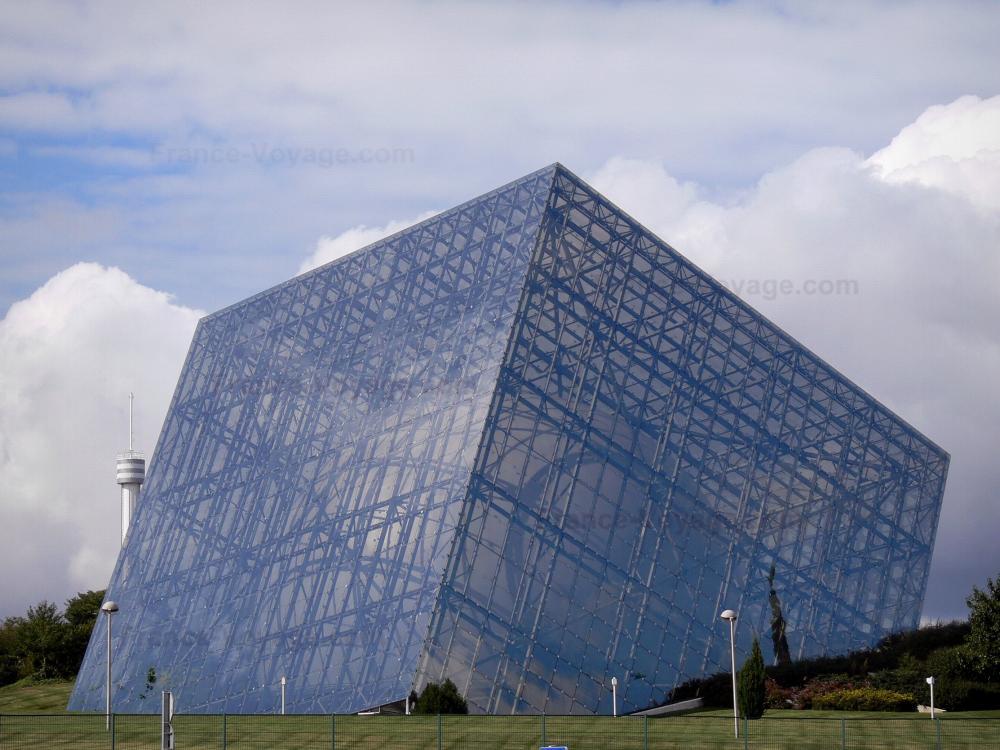 Photos le parc du futuroscope guide tourisme vacances for Architecture futuriste