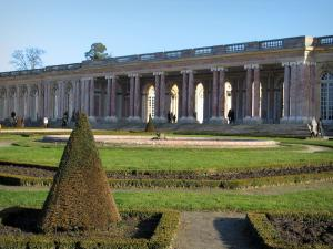 Park of the Palace of Versailles - Grand Trianon, flowerbeds and pond